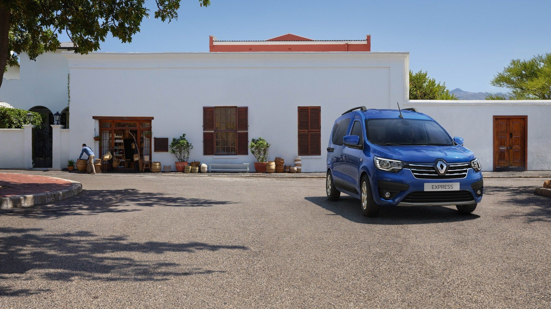 25-2020-THE-NEW-RENAULT-EXPRESS