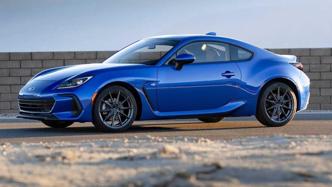 2021_Subaru_BRZ_leaked_0003