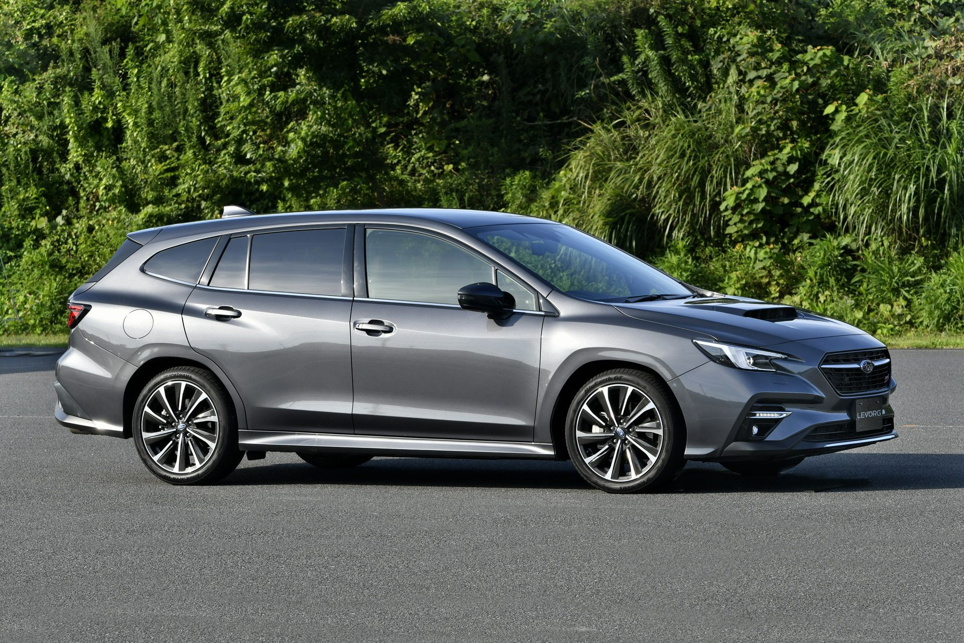 2021_Subaru_Levorg_0000