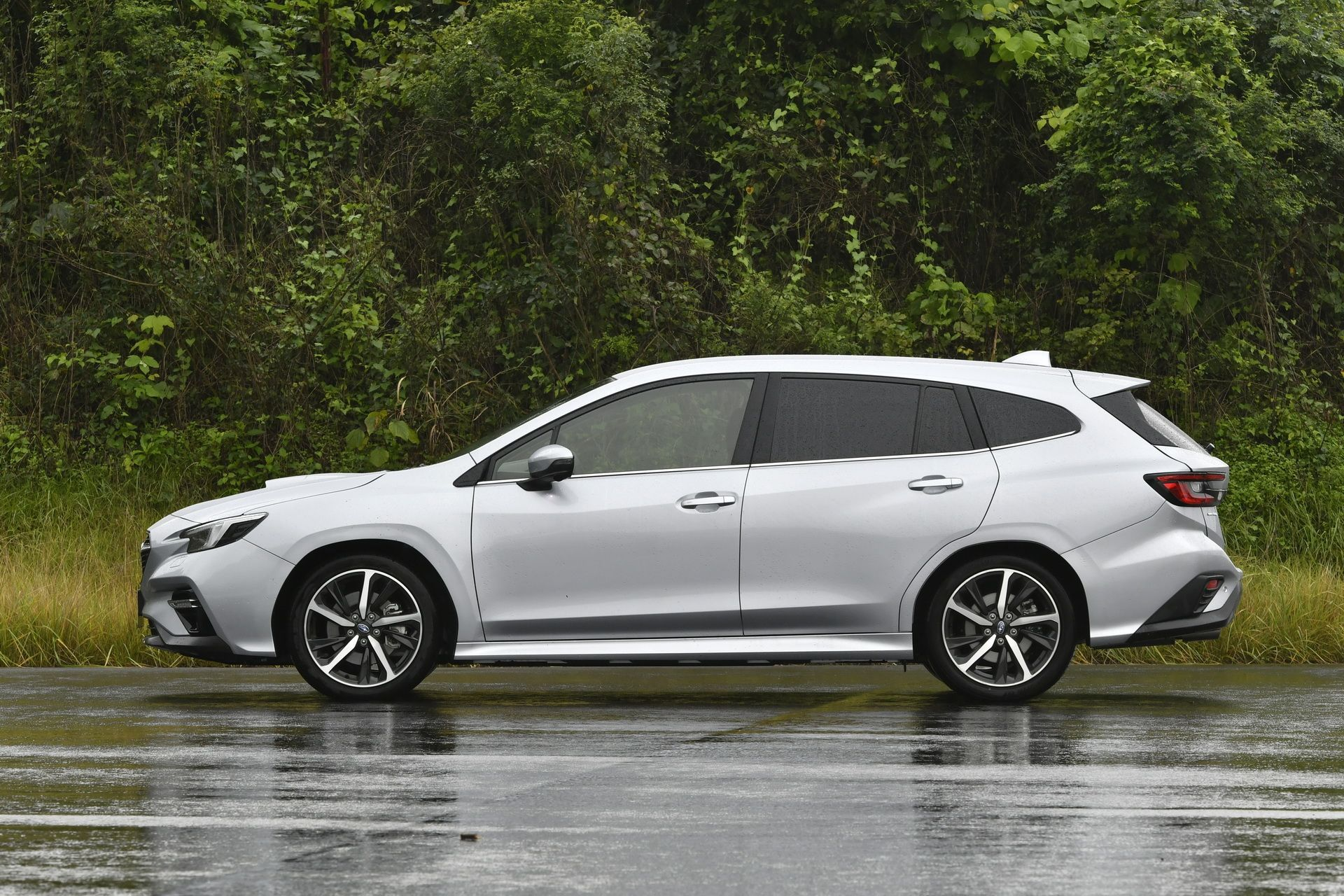 2021_Subaru_Levorg_0027