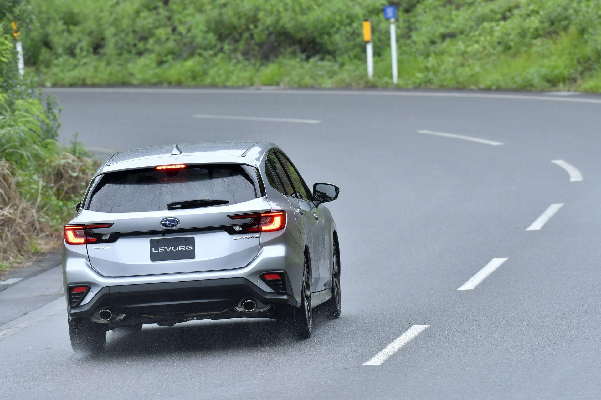 2021_Subaru_Levorg_0053