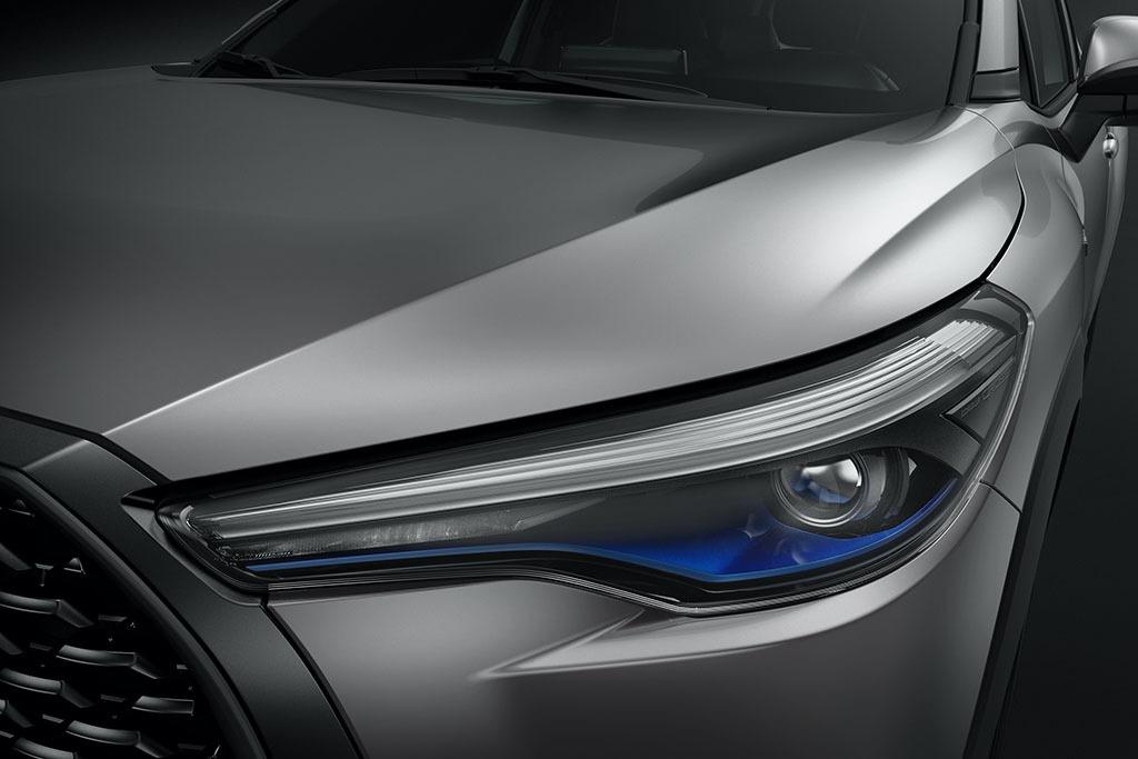 2021_Toyota_Corolla_Cross_0007