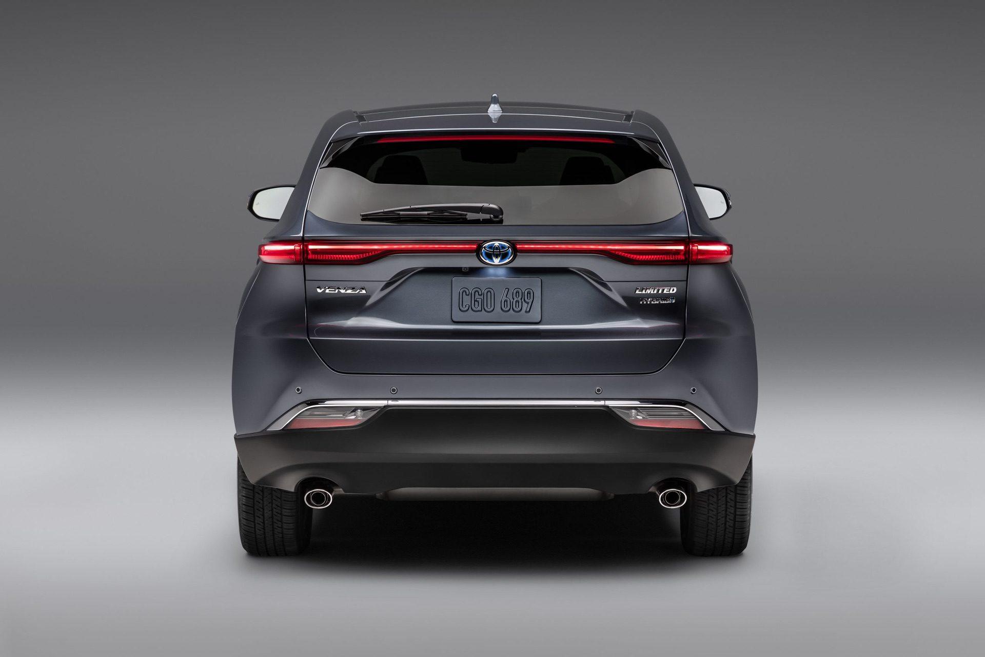 2021_Toyota_Venza_0004