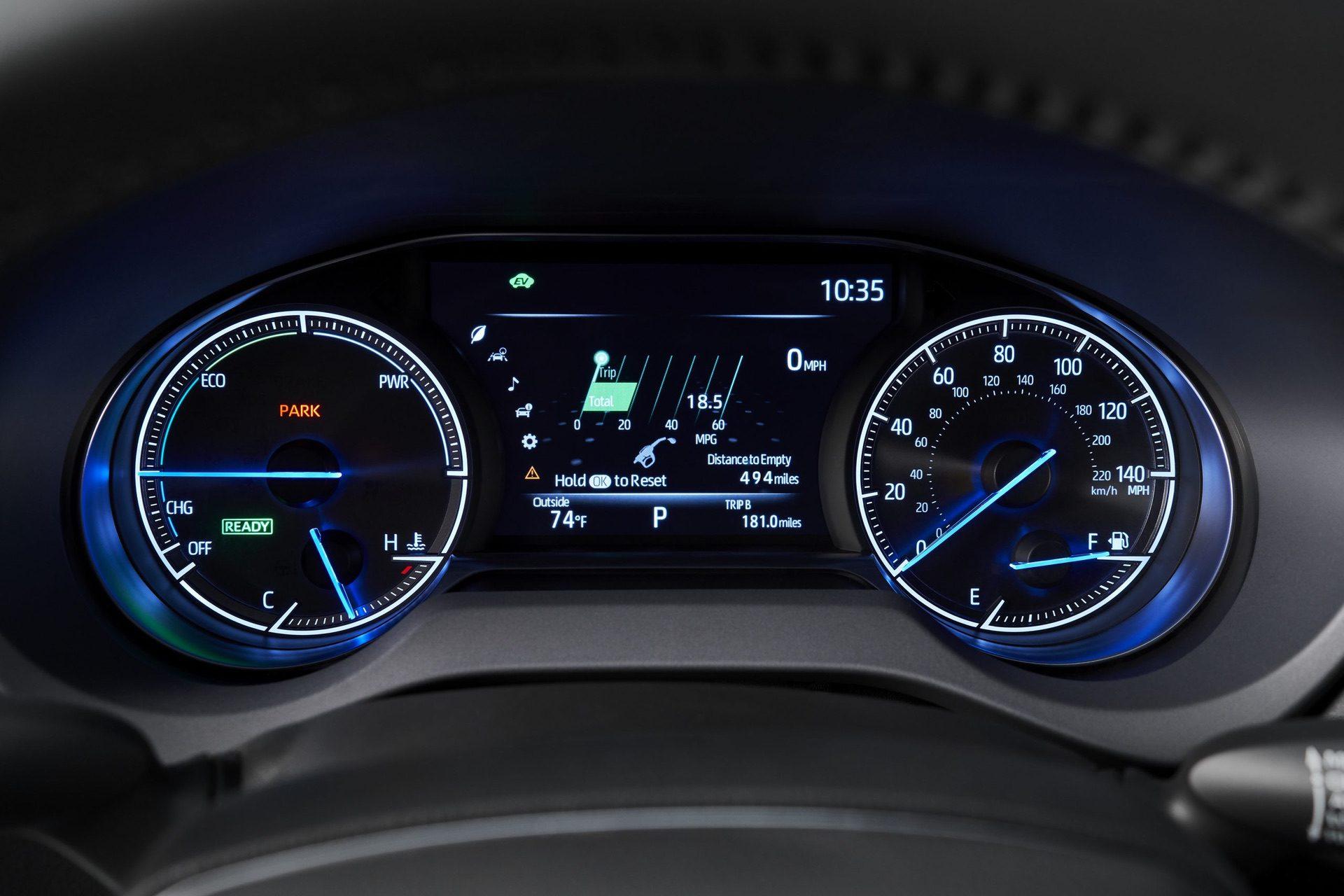 2021_Toyota_Venza_0015
