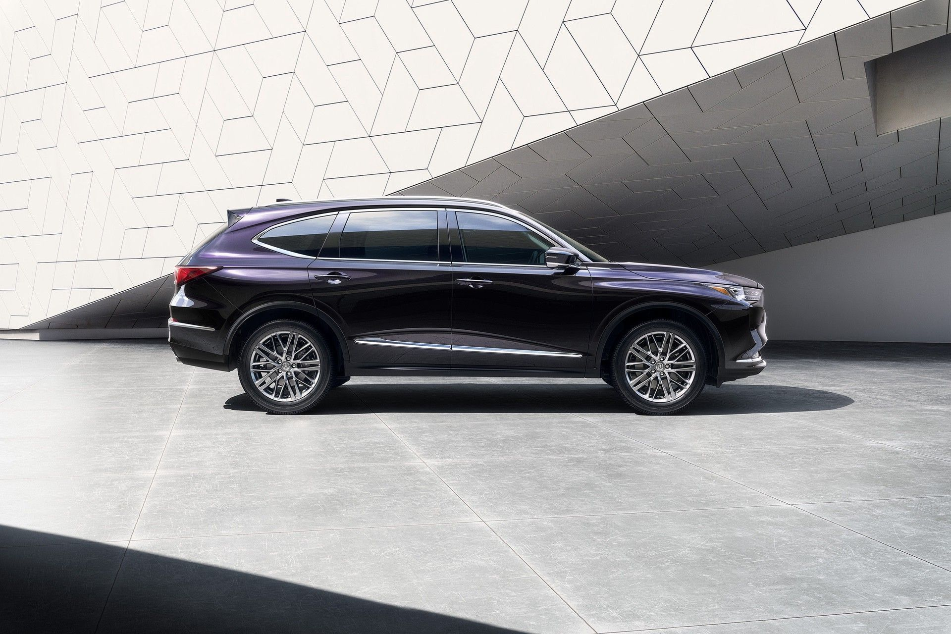2022 MDX SH-AWD Advance Phantom Violet Pearl Passenger Profile static Exterior architecture