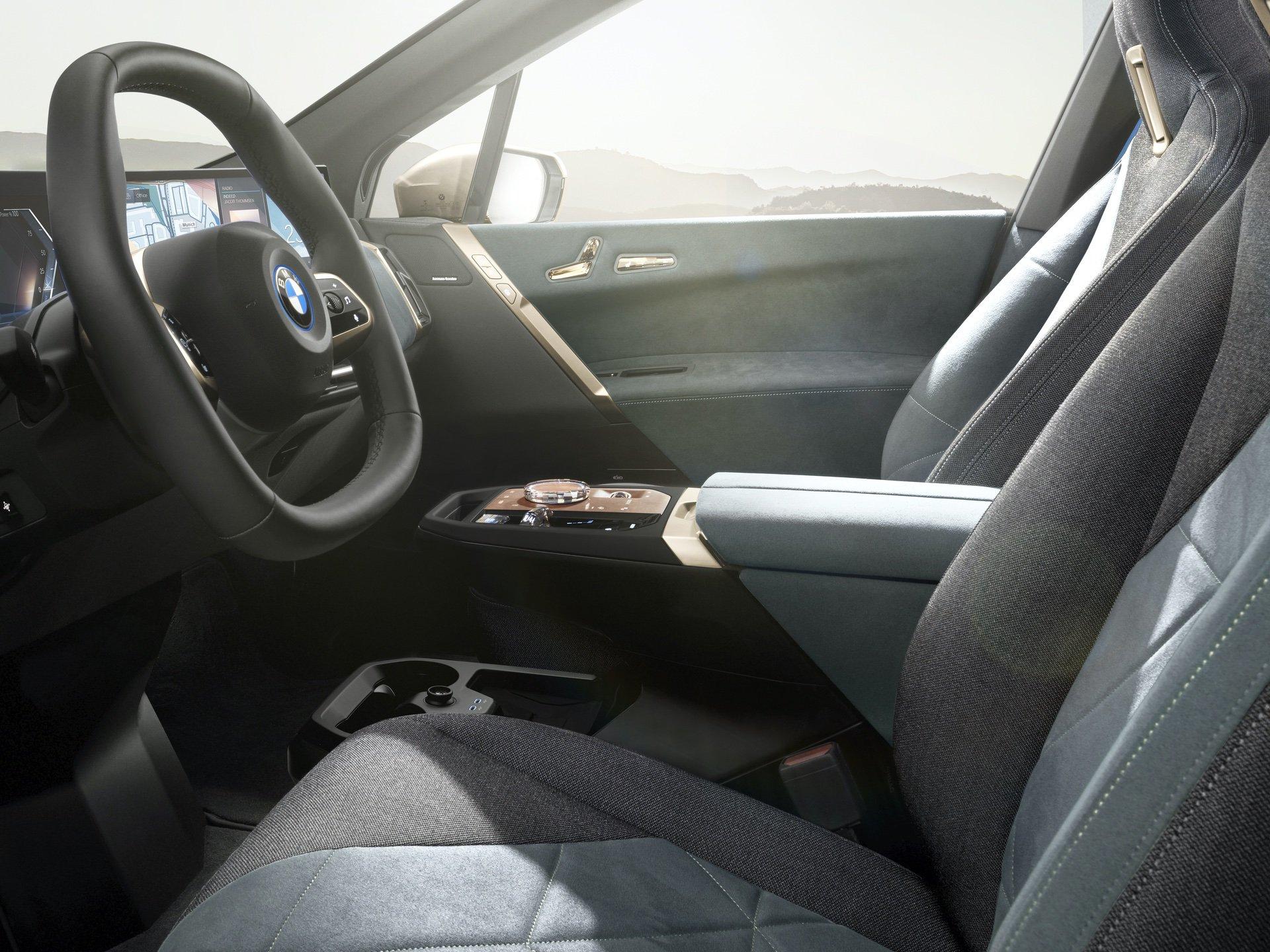 BMW_iX_0012