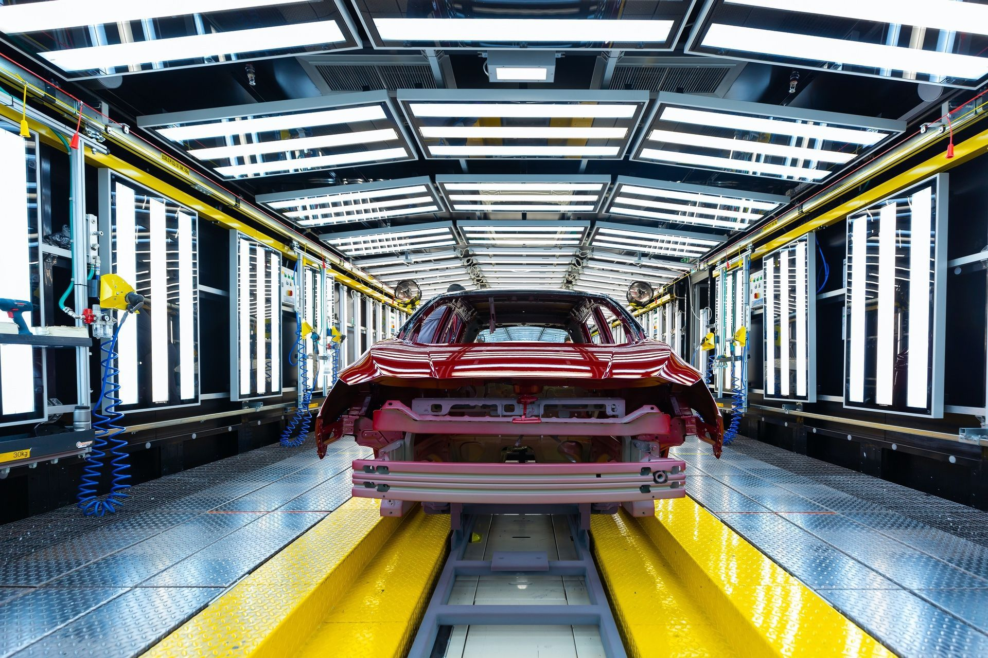 Nissansworld-classmanufacturingensureseachNissanLEAFembodiesthereassuringqualityhonedover10yearsofproduction