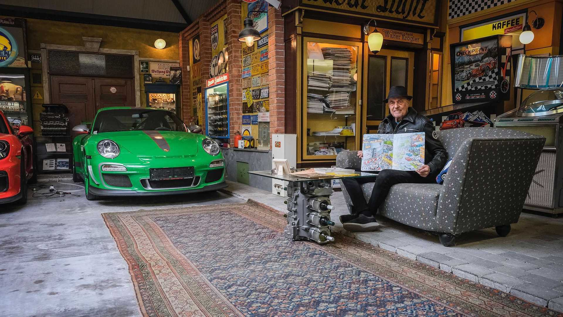 80-Year-Old_Buys_80th_Porsche_0007