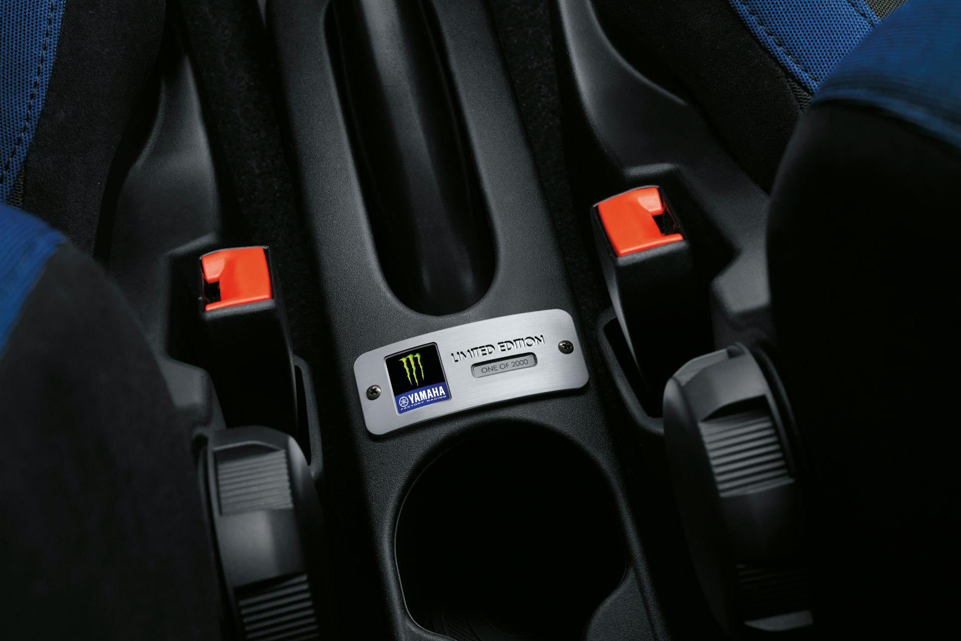 Abarth-595-Monster-Energy-Yamaha-Edition-7