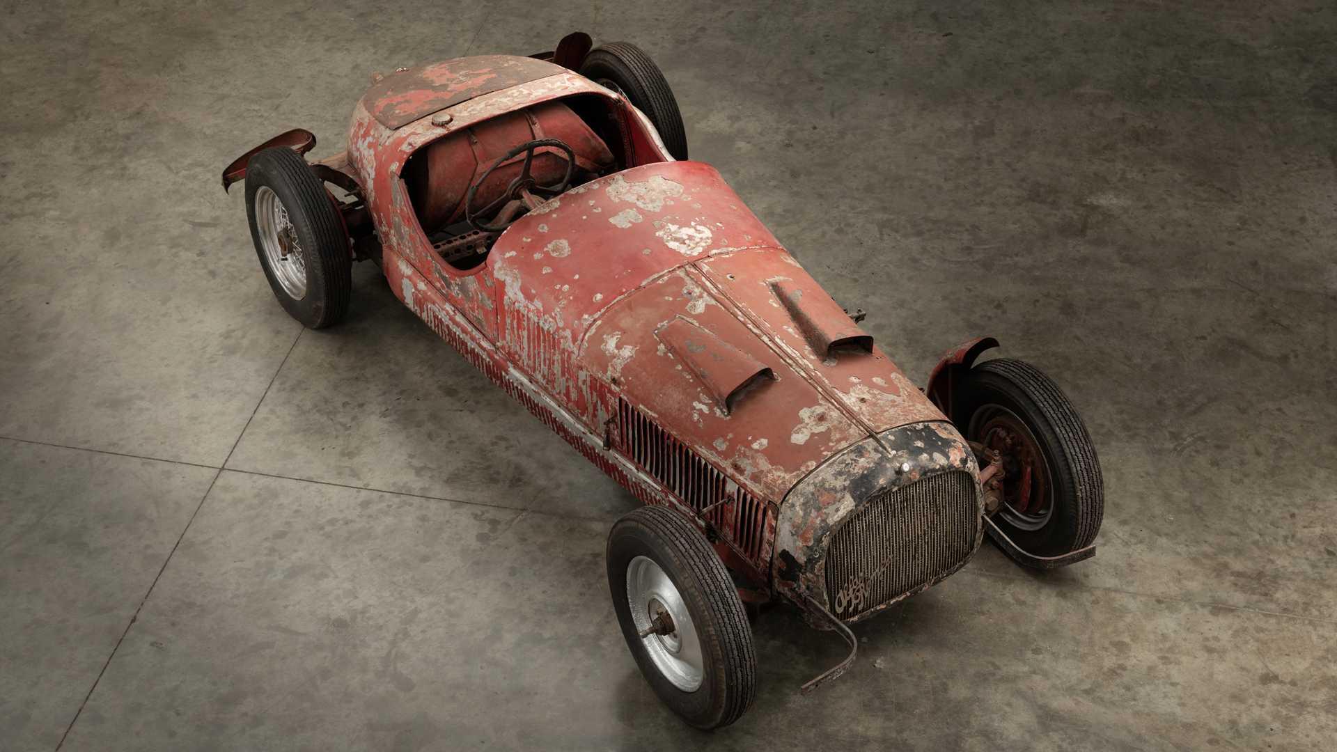 1930_Alfa_Romeo_6C_1750_-Mussolini_0001