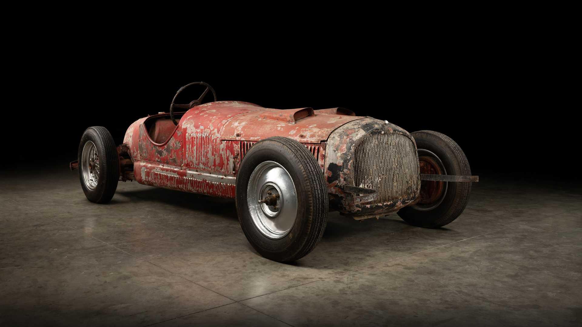 1930_Alfa_Romeo_6C_1750_-Mussolini_0002