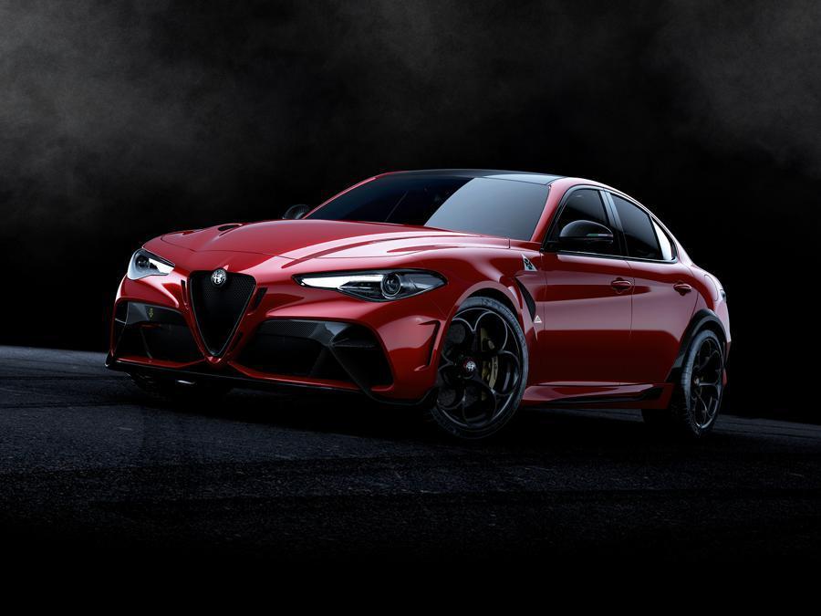 Alfa_Romeo_Giuia_GTA_GTAm_0000