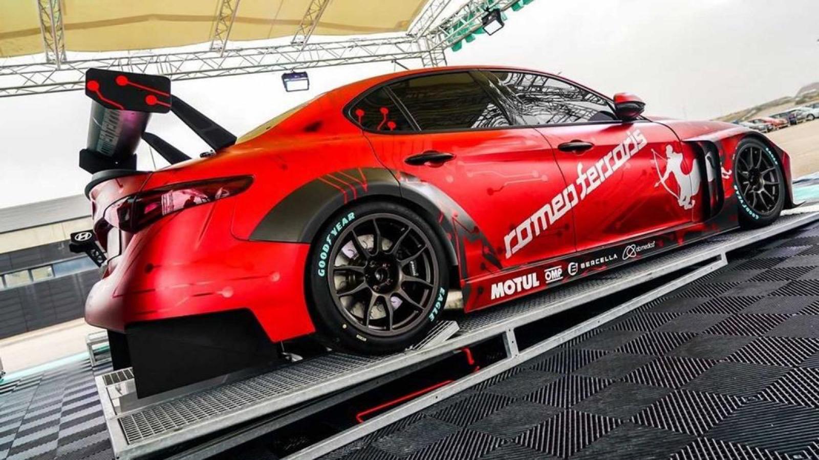 Alfa-Romeo-Giulia-ETCR-by-Alfa-Romeo-Giulia-2