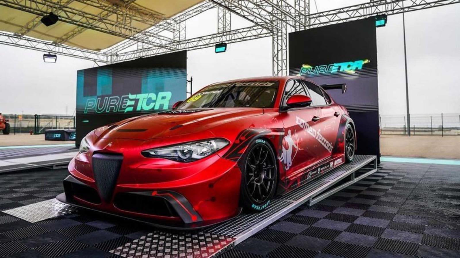 Alfa-Romeo-Giulia-ETCR-by-Alfa-Romeo-Giulia-3