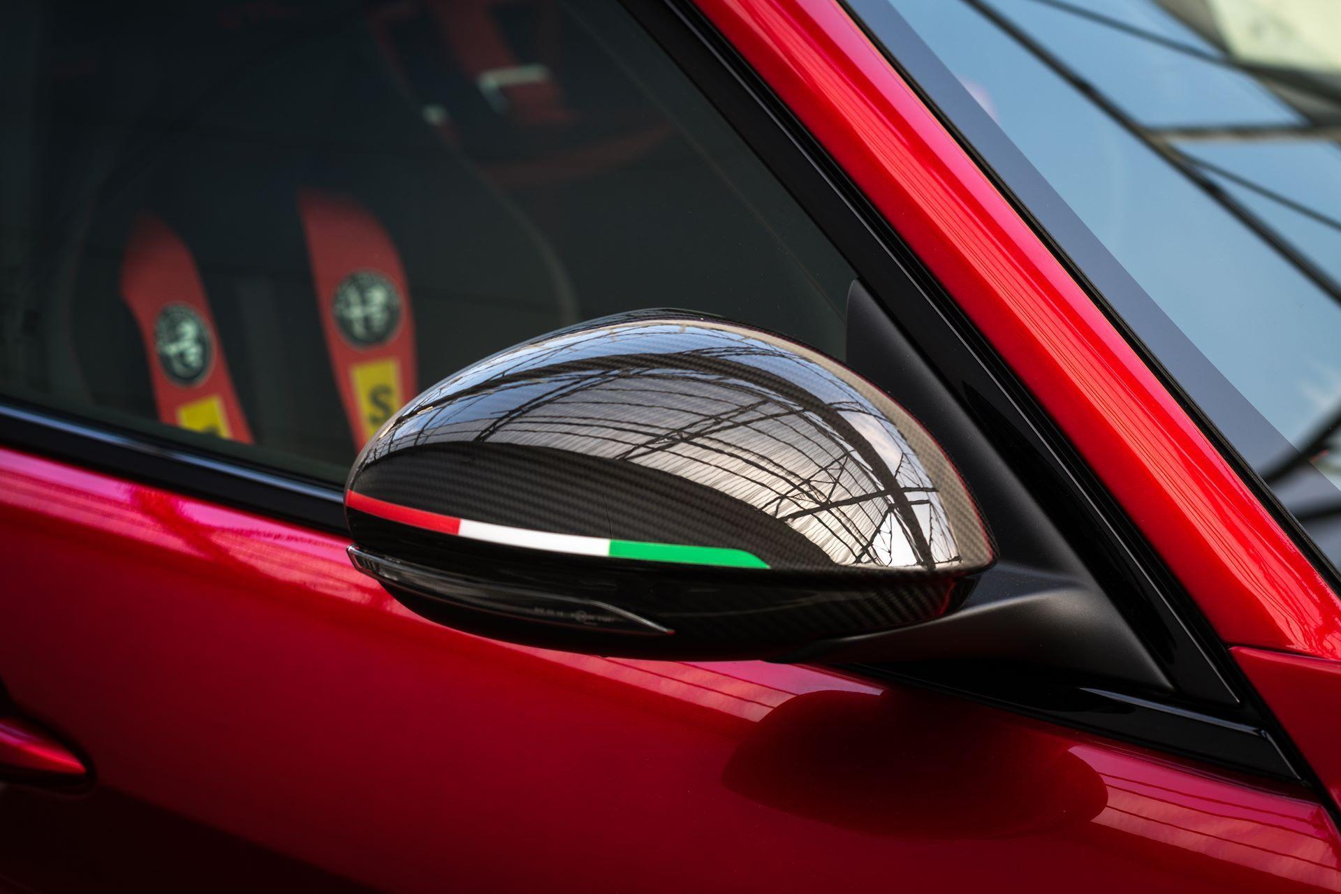 Alfa-Romeo-Giulia-GTA-and-GTAm