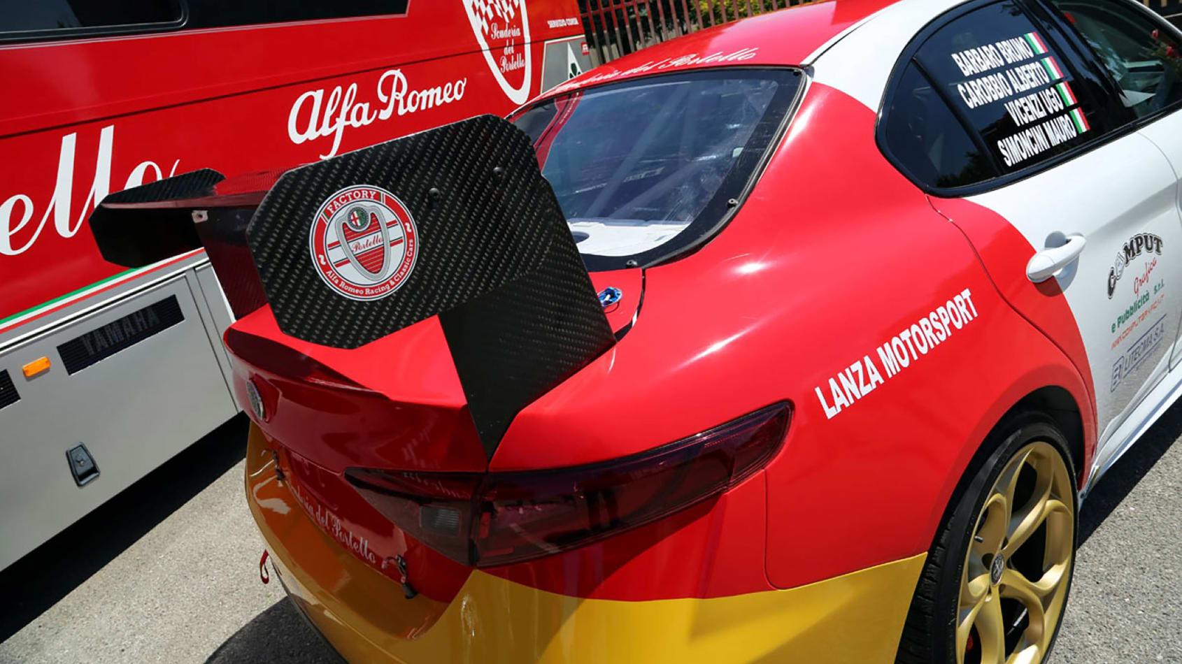 Alfa_Romeo_Giulia_Quadrifoglio_N24_0005