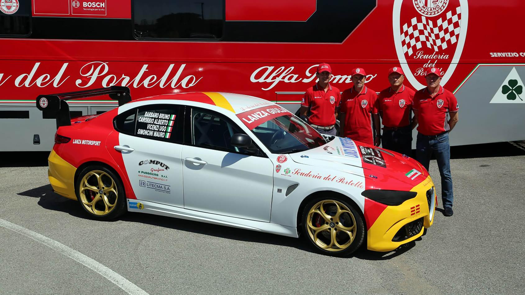 Alfa_Romeo_Giulia_Quadrifoglio_N24_0008