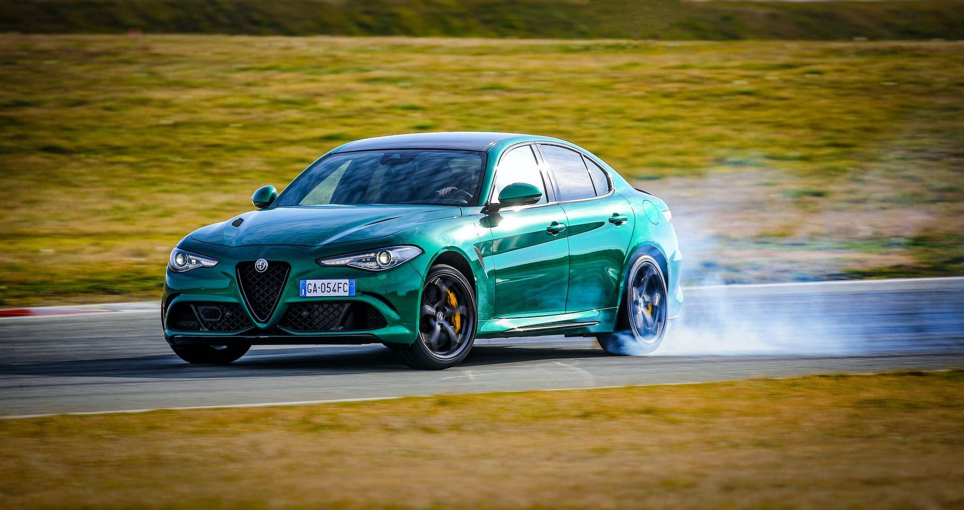 Alfa-Romeo-Giulia-Quadrifoglio-Stelvio-Quadrifoglio-facelift-2020-1