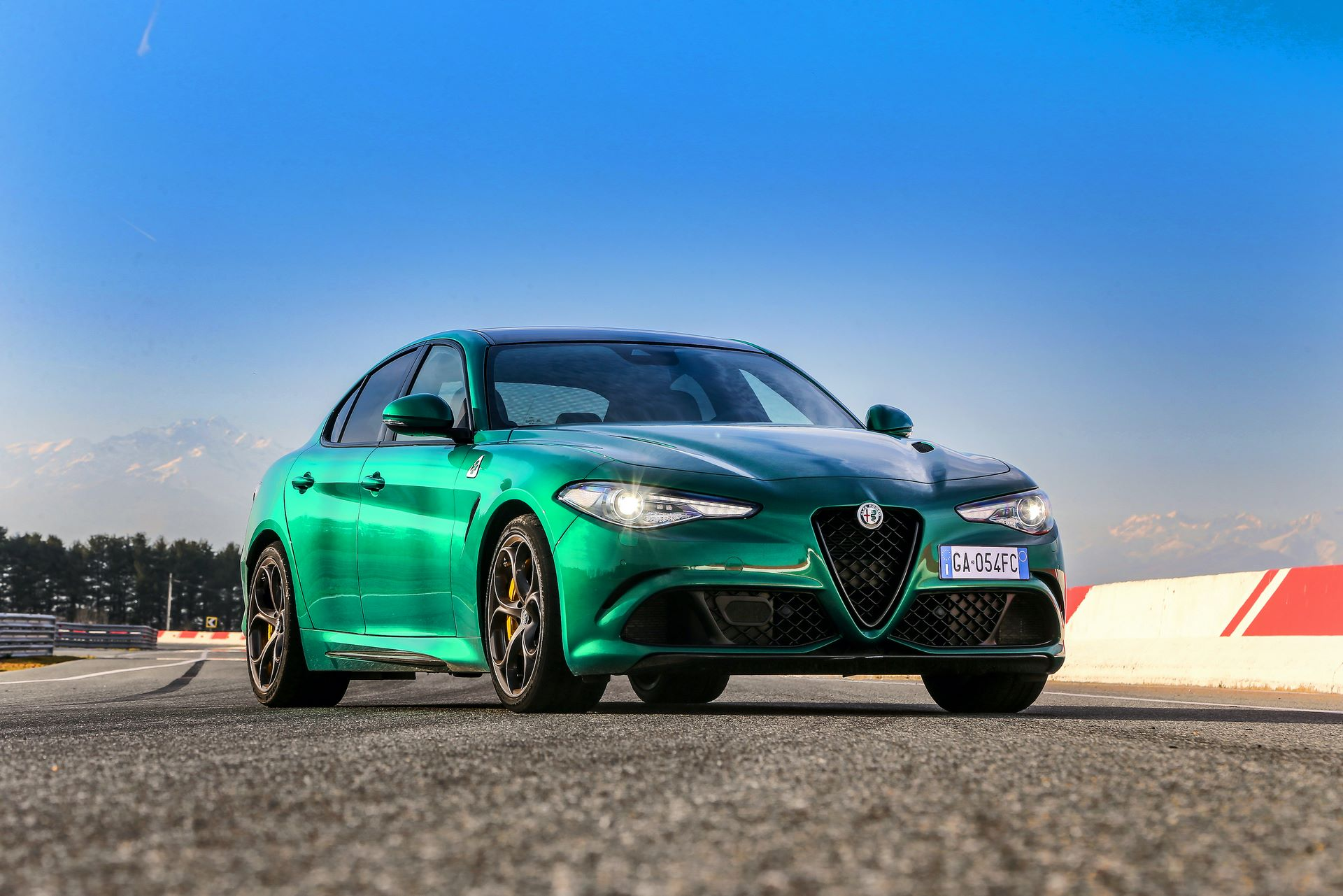 Alfa-Romeo-Giulia-Quadrifoglio-Stelvio-Quadrifoglio-facelift-2020-18
