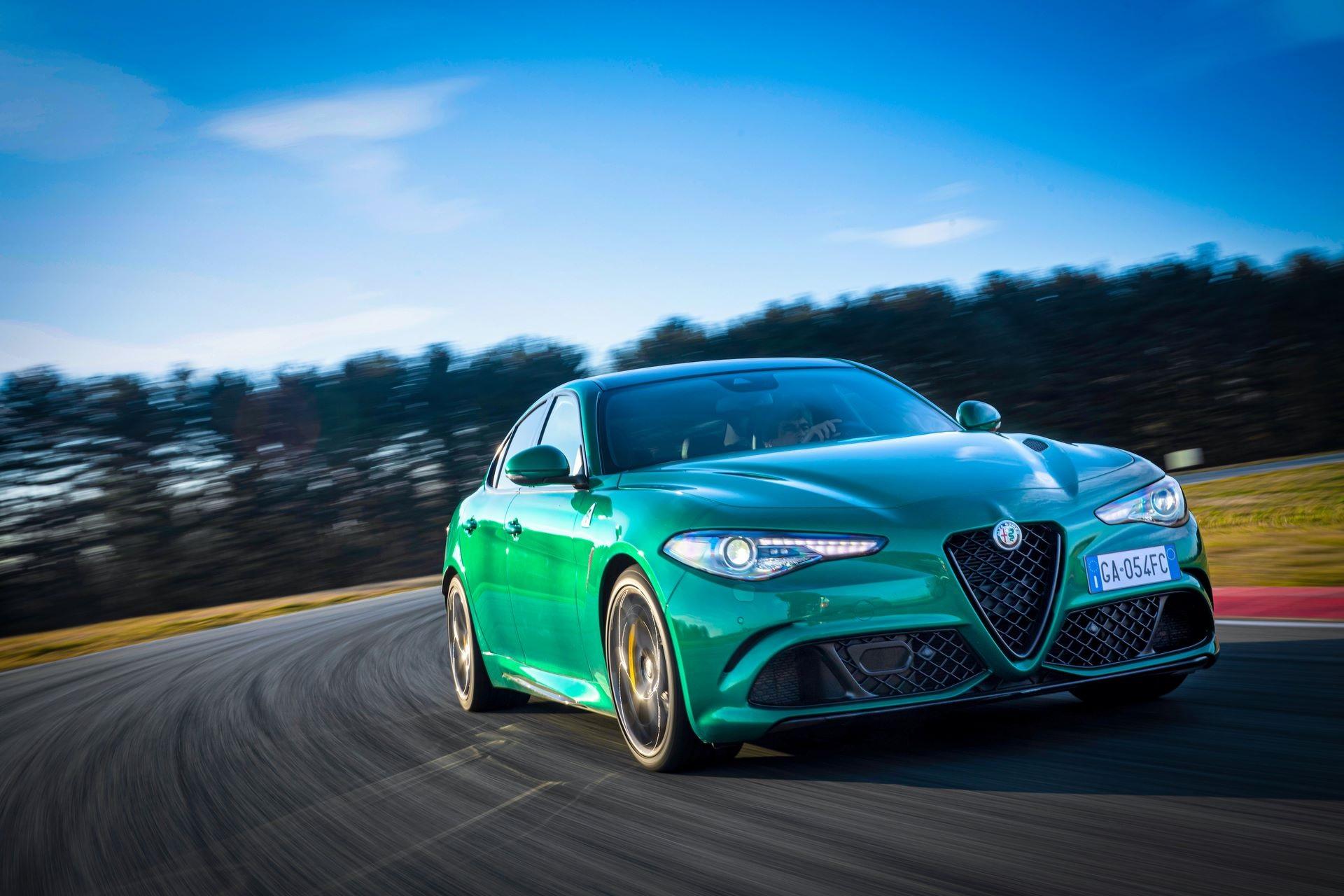 Alfa-Romeo-Giulia-Quadrifoglio-Stelvio-Quadrifoglio-facelift-2020-2