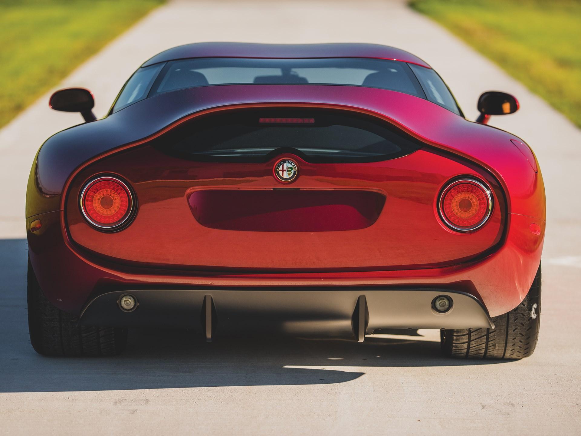Alfa-Romeo-TZ3-Stradale-Zagato-17