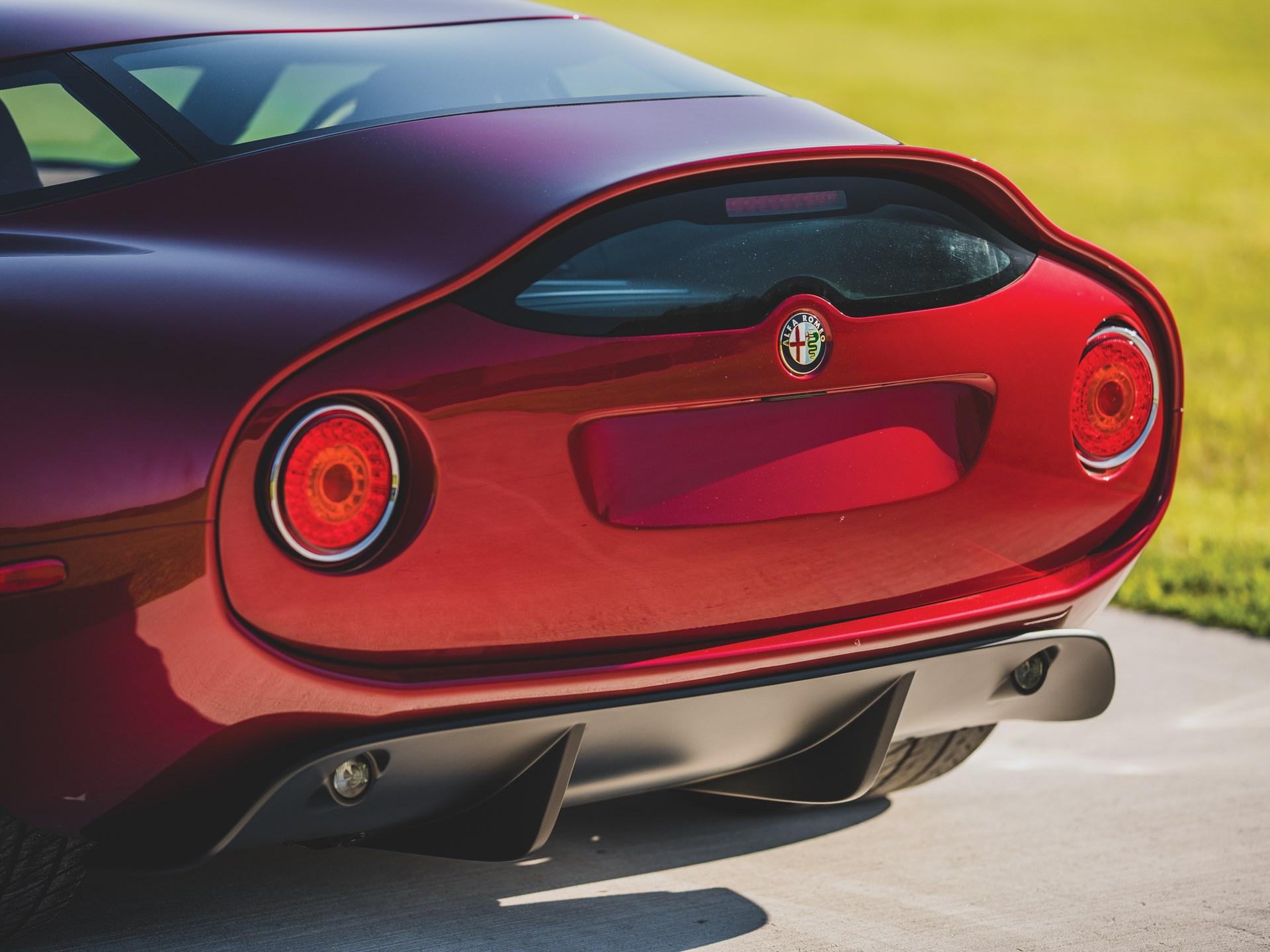 Alfa-Romeo-TZ3-Stradale-Zagato-19