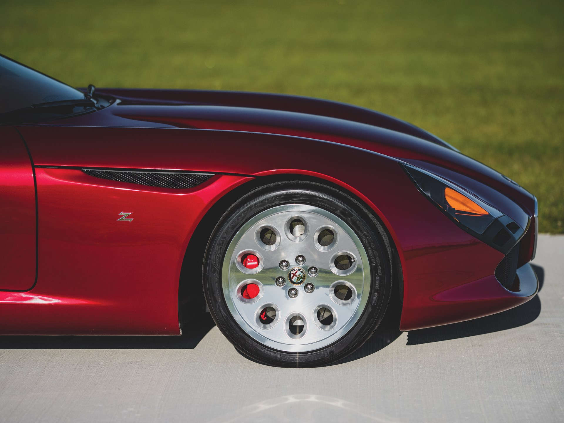 Alfa-Romeo-TZ3-Stradale-Zagato-9