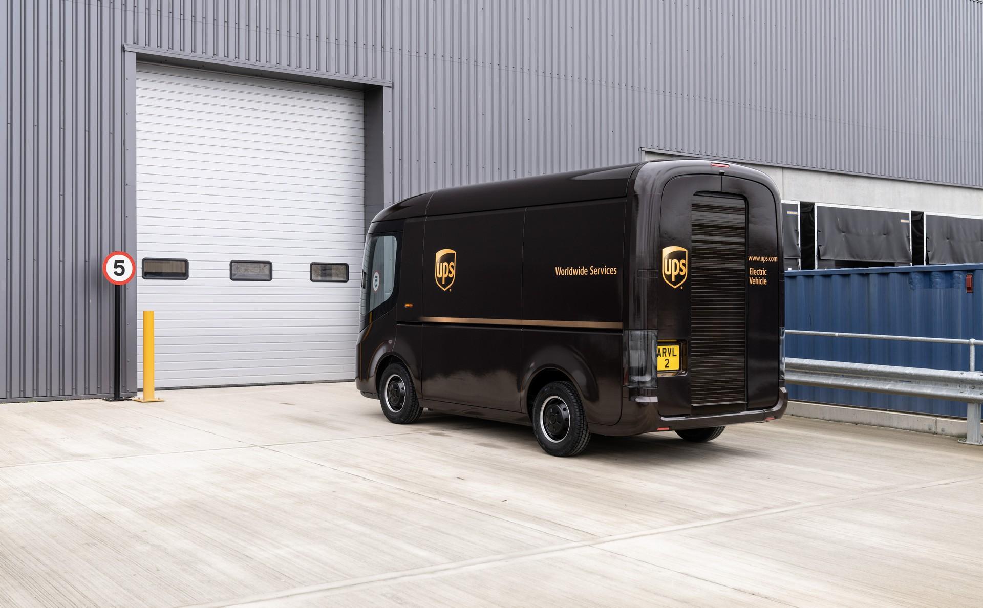 Arrival-UPS-2