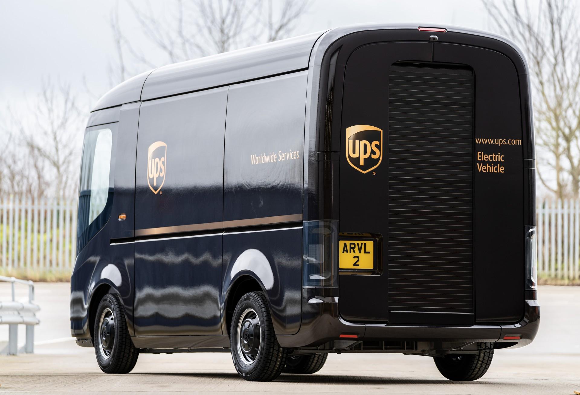 Arrival-UPS-4