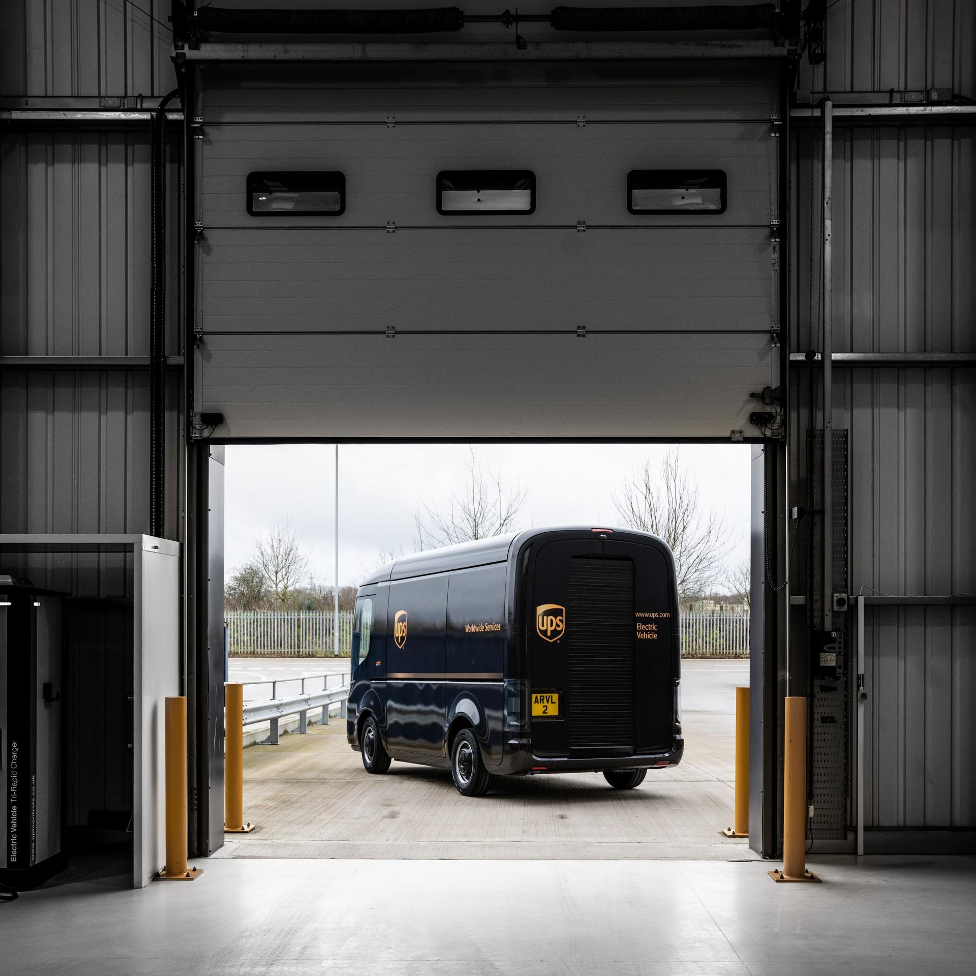 Arrival-UPS-5