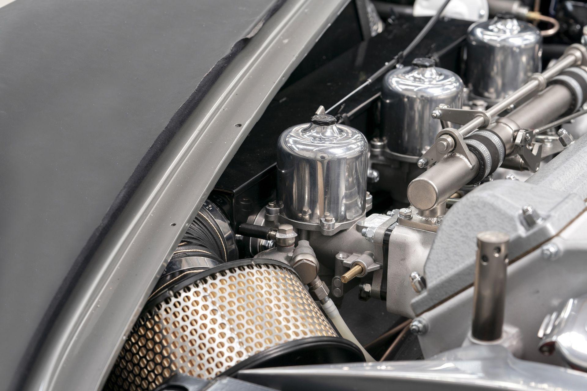 Aston-Martin-DB5-Goldfinger-Continuation_13