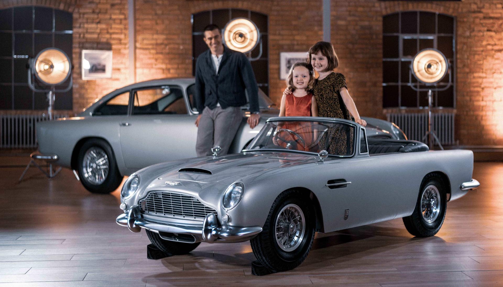 Aston-Martin-DB5-Junior-9