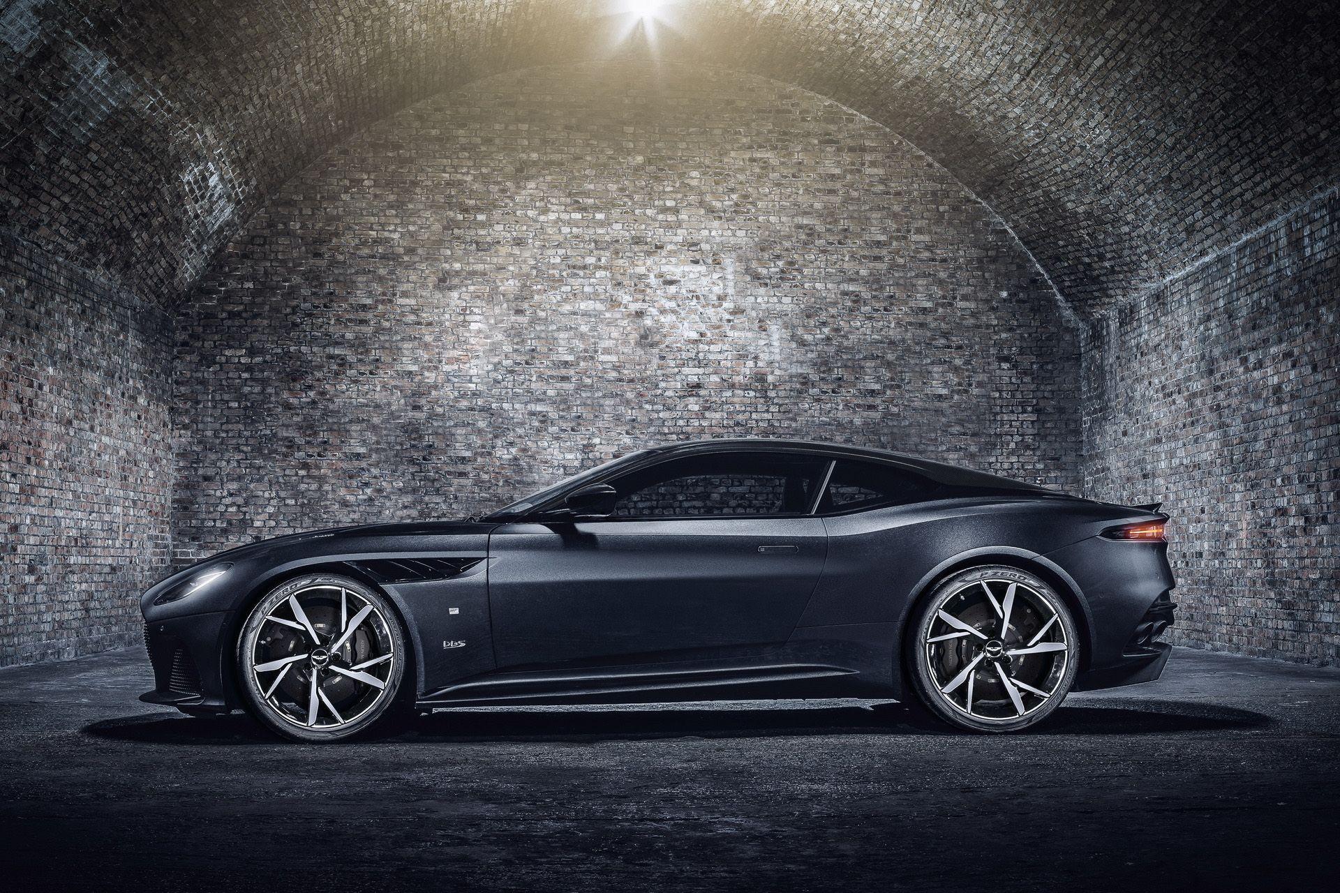 2021-aston-martin-dbs-superleggera-007-edition-3