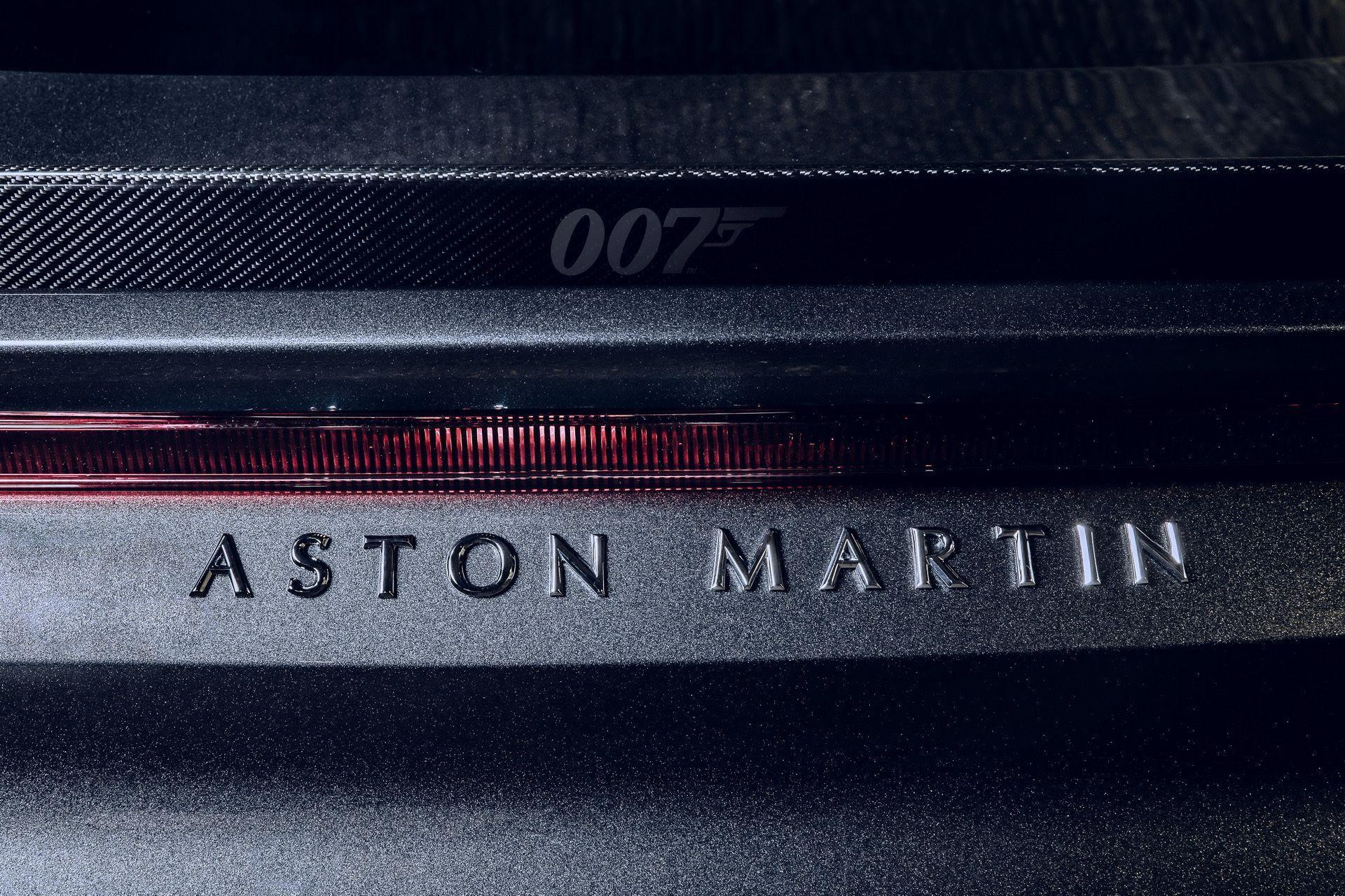 2021-aston-martin-dbs-superleggera-007-edition-6