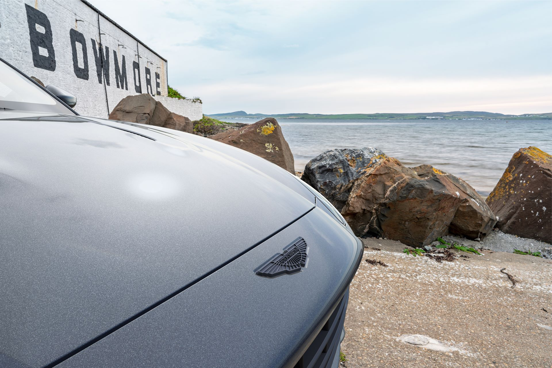 Aston-Martin-DBX-Bowmore-Edition-by-q-by-aston-martin-14
