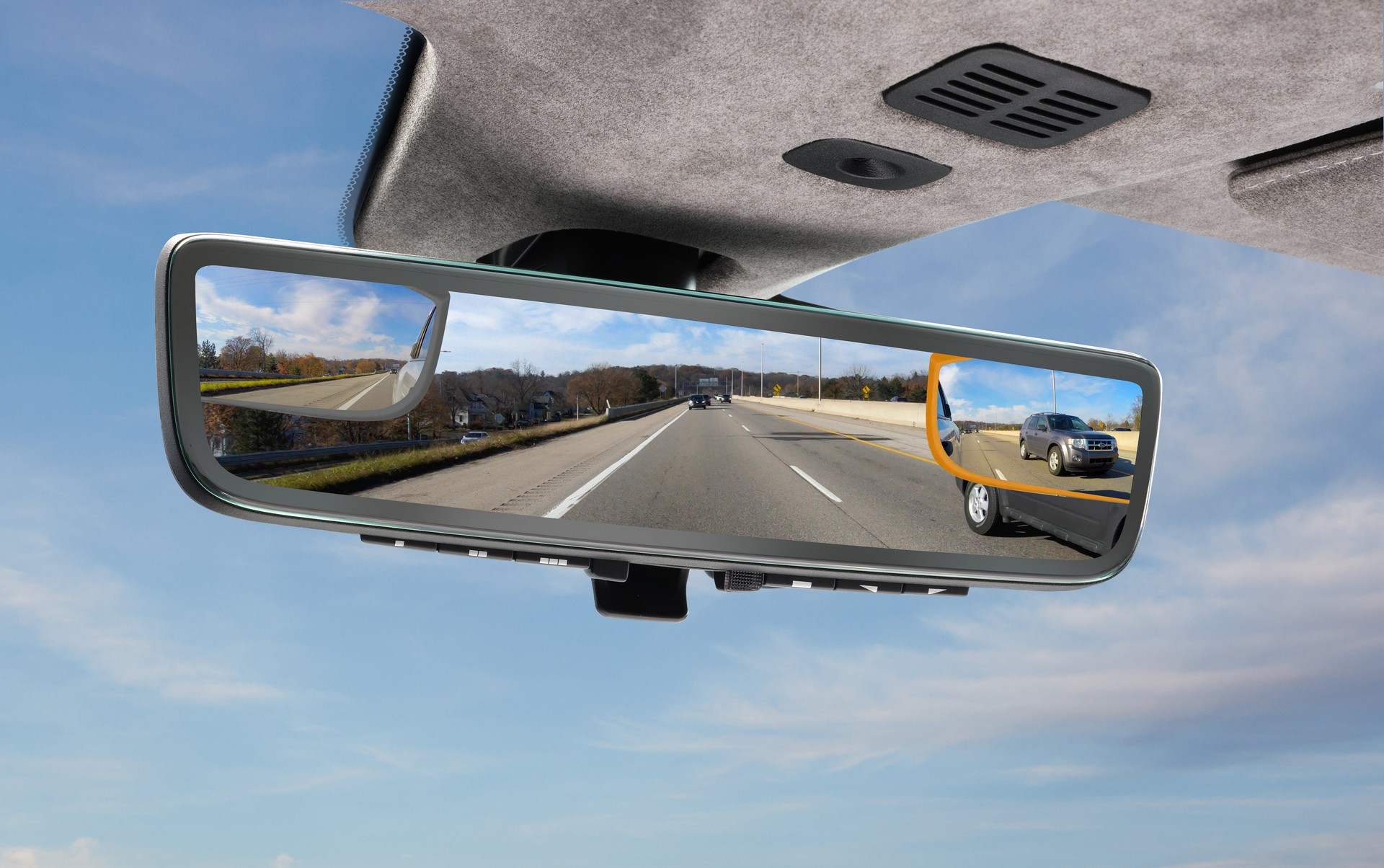 Aston-Martin-tri-camera-rearview-mirror-system-5
