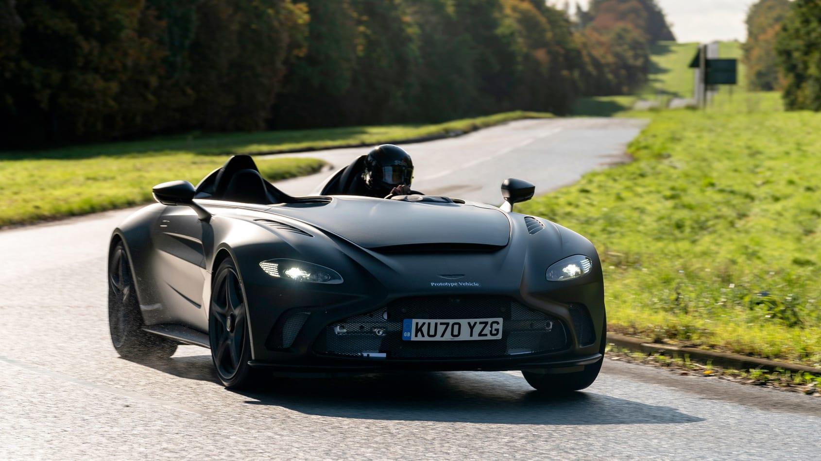 Aston_Martin_V12_Speedster_prototype_0001