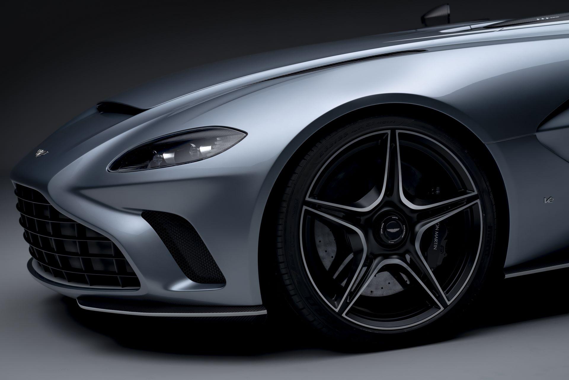 Aston-Martin-V12-Speedster-15