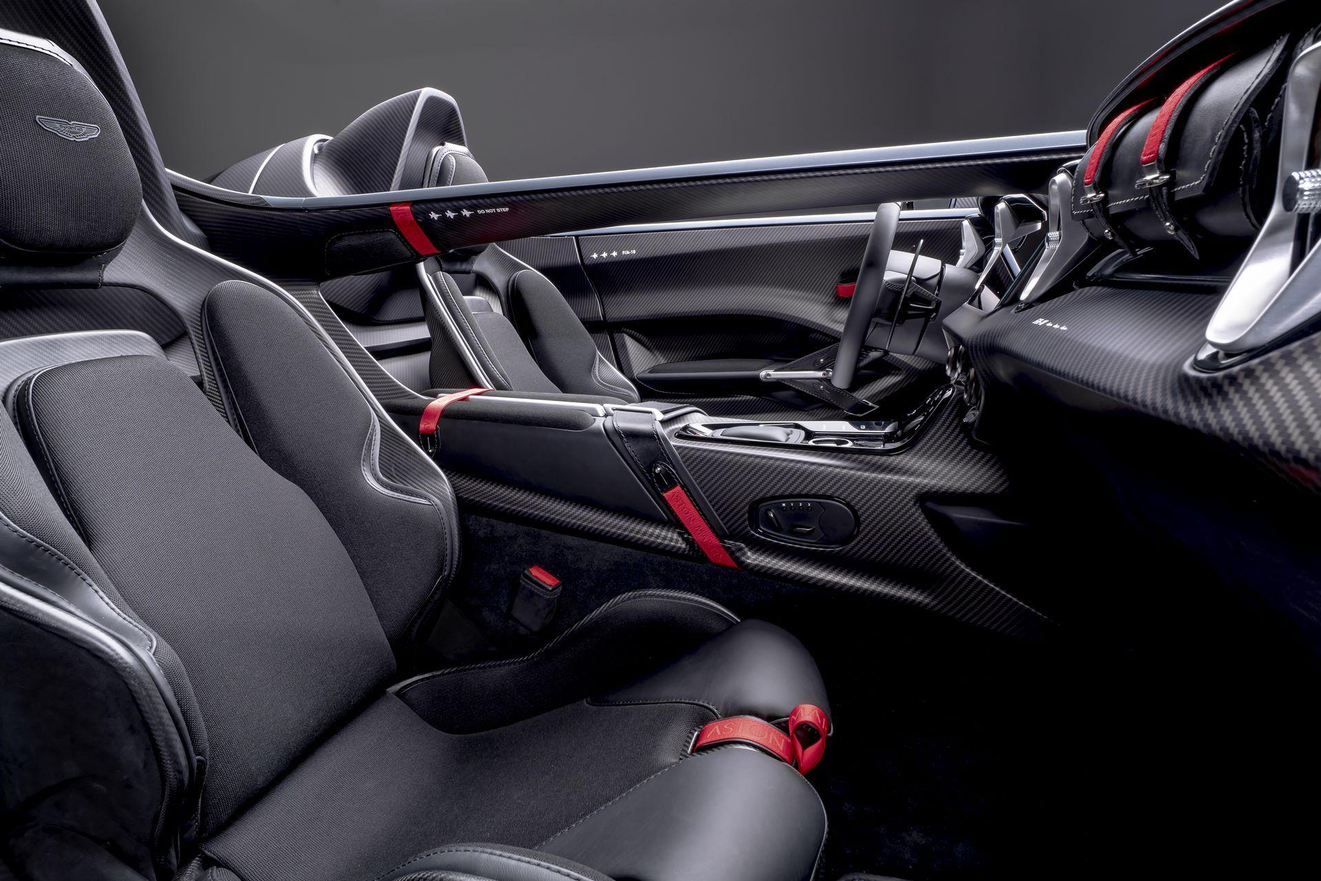 Aston-Martin-V12-Speedster-4