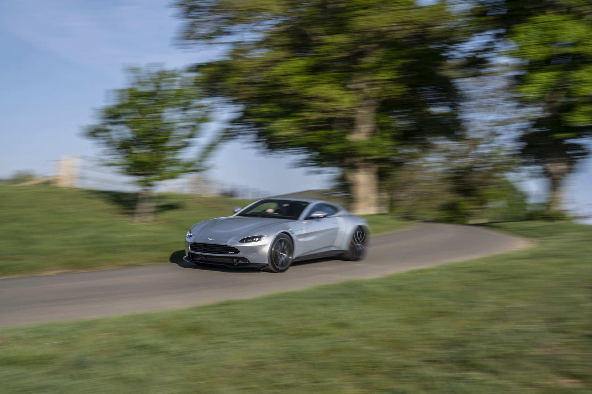 10.-Revenant-Automotive-Aston-Martin-Vantage-bumper-driving