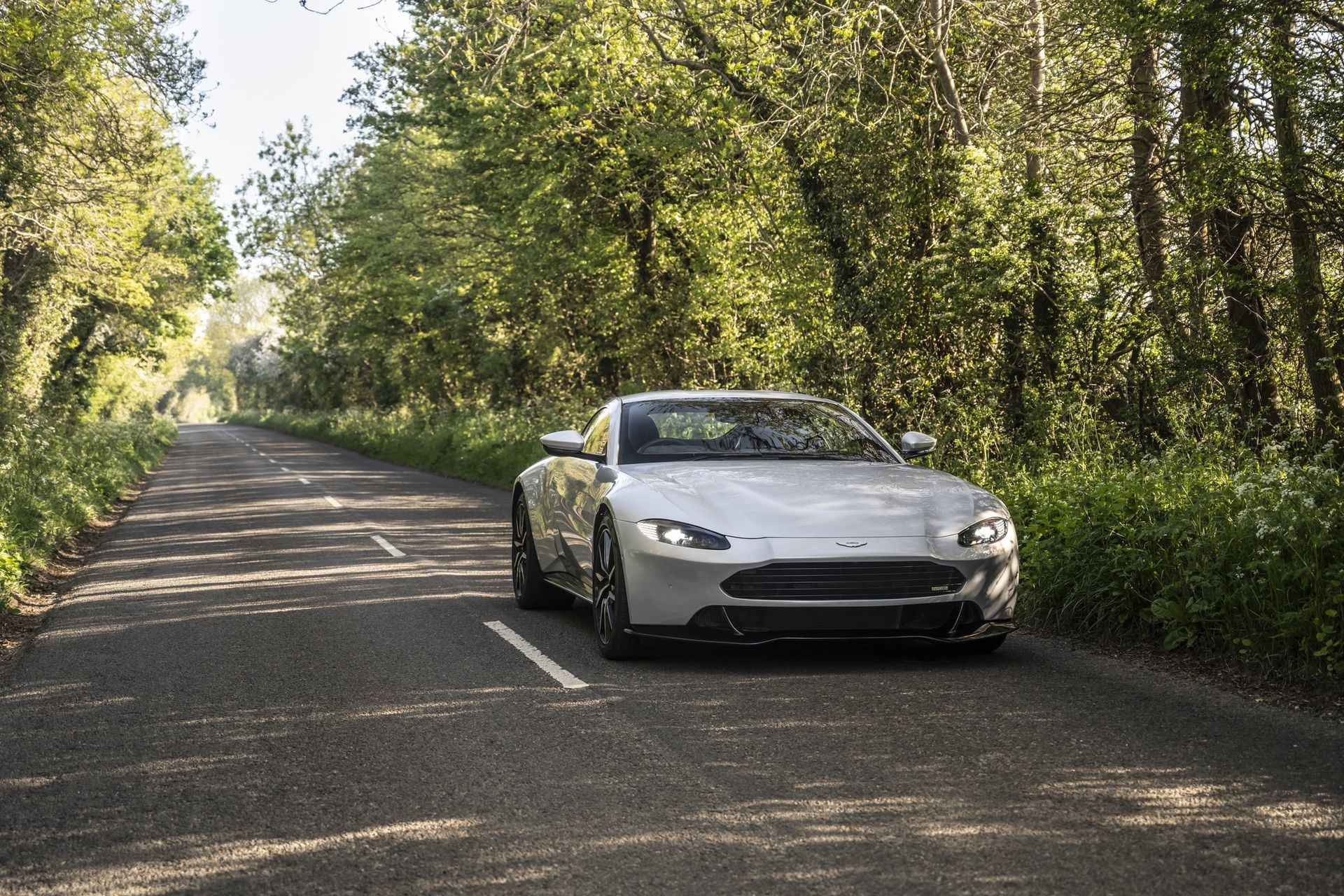 5.-Revenant-Automotive-Aston-Martin-Vantage-bumper-on-British-roads