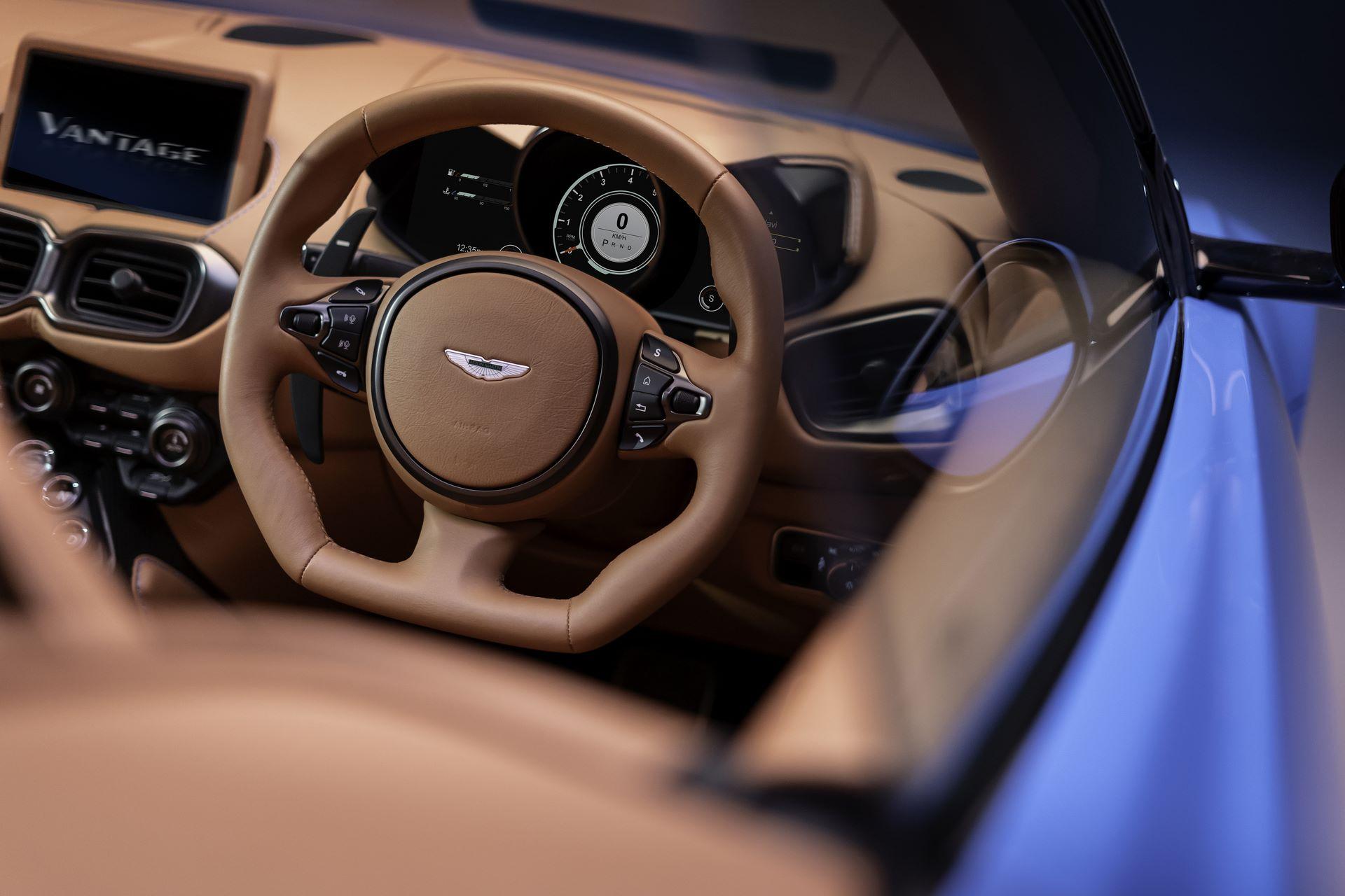 Aston-Martin-Vantage-Roadster_12