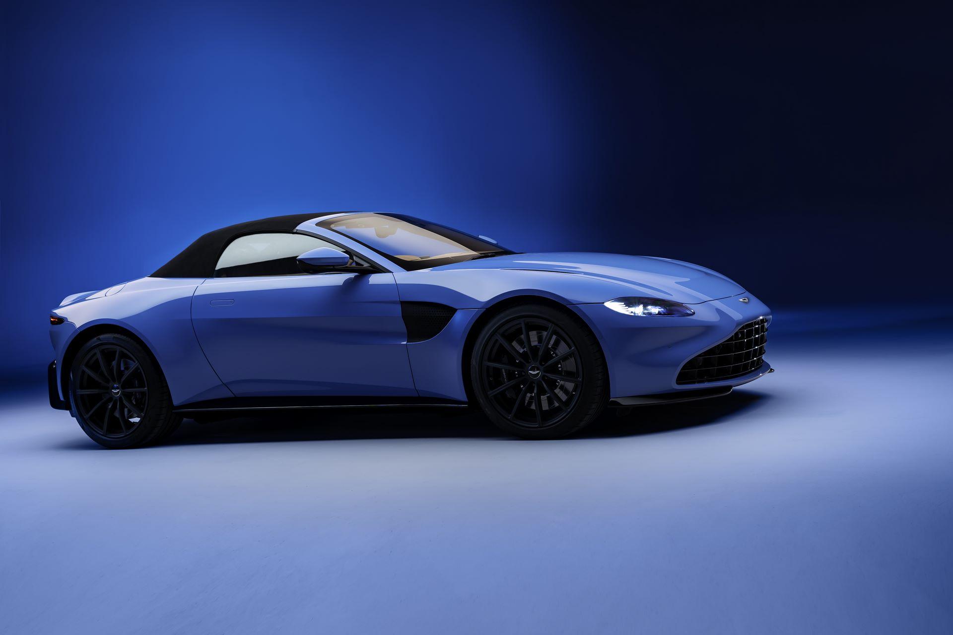 Aston-Martin-Vantage-Roadster_15