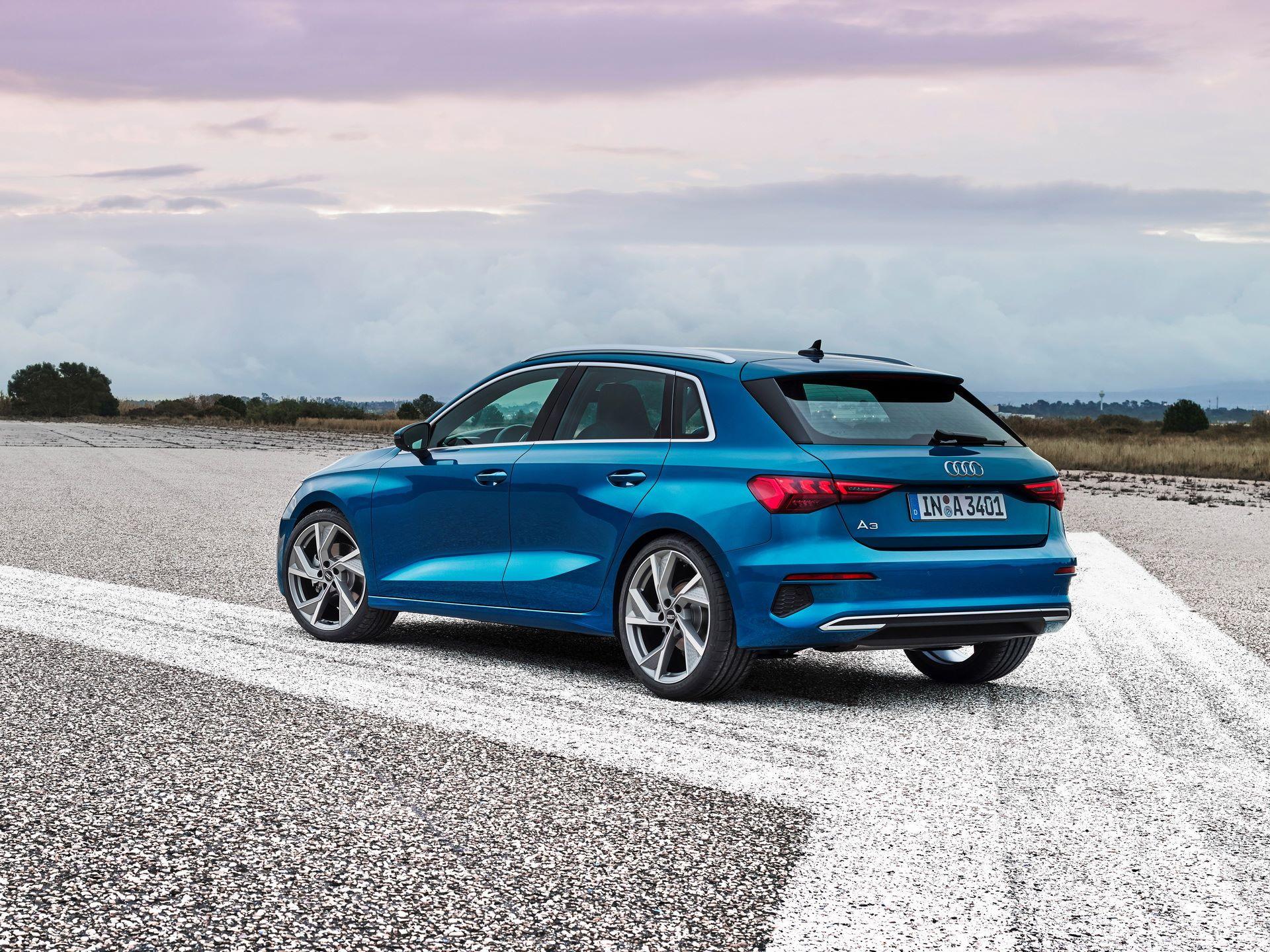Audi-A3-Sportback-2020-11