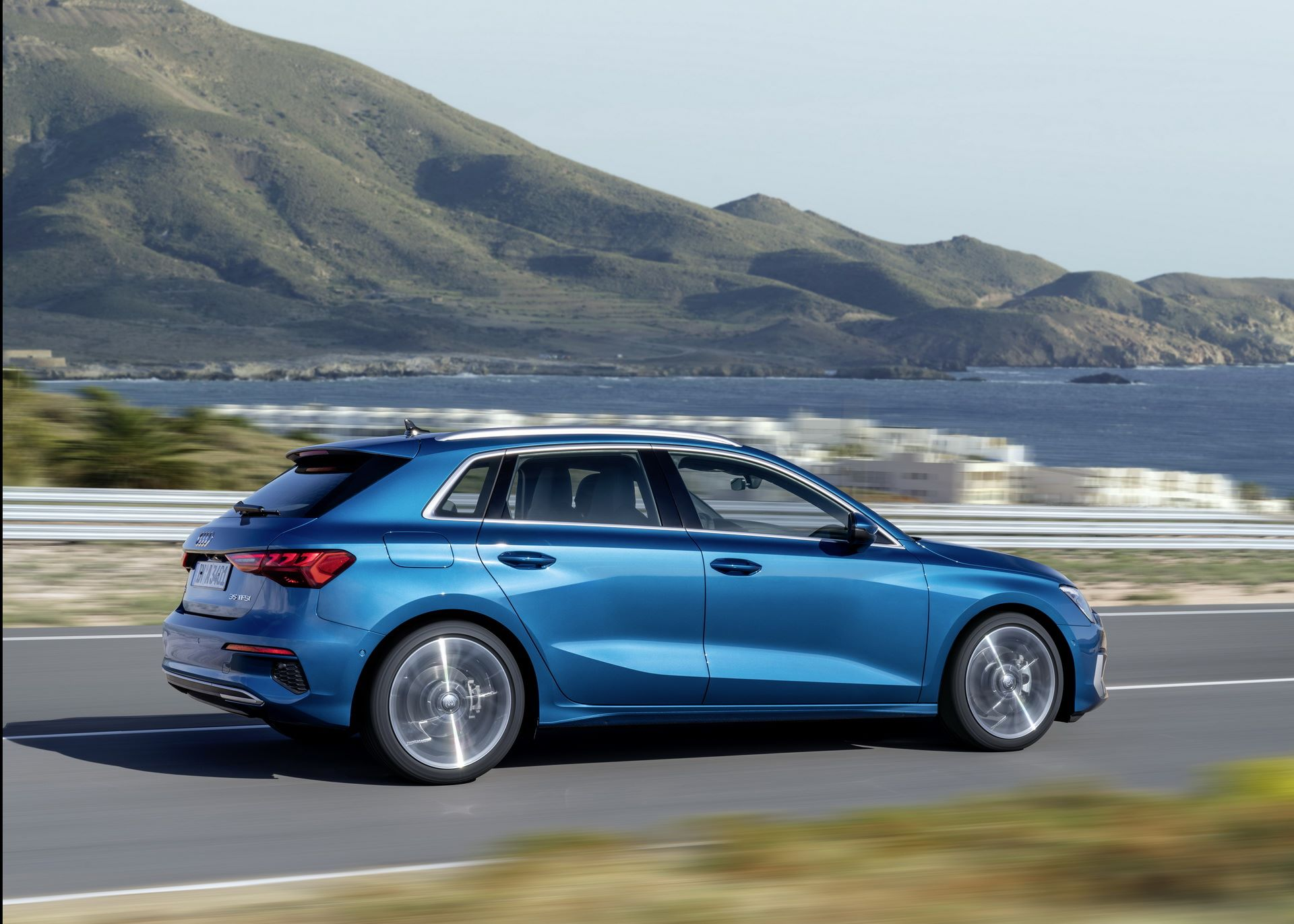Audi-A3-Sportback-2020-2