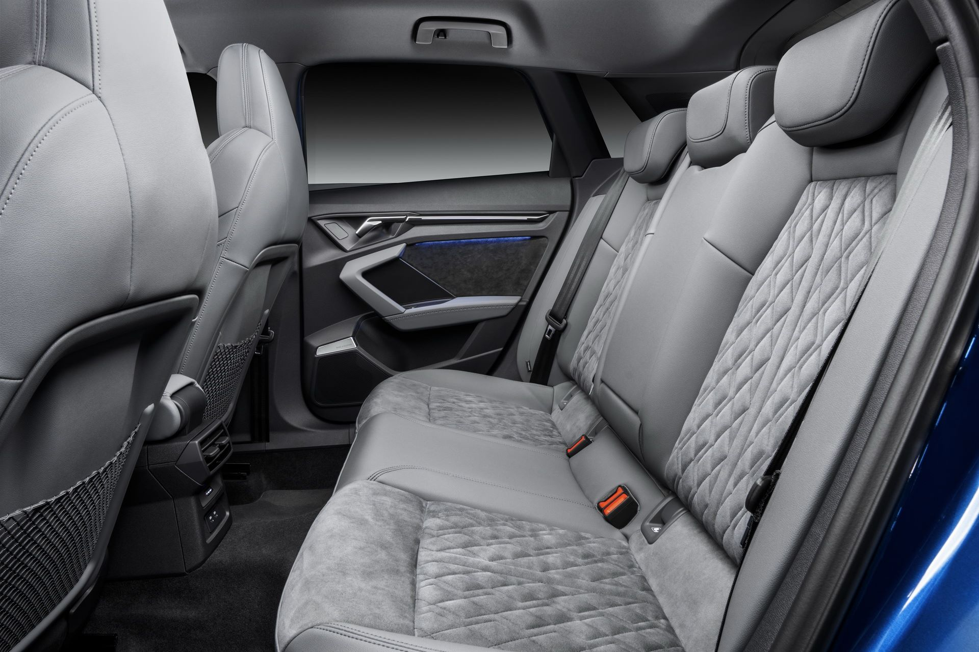 Audi-A3-Sportback-2020-41