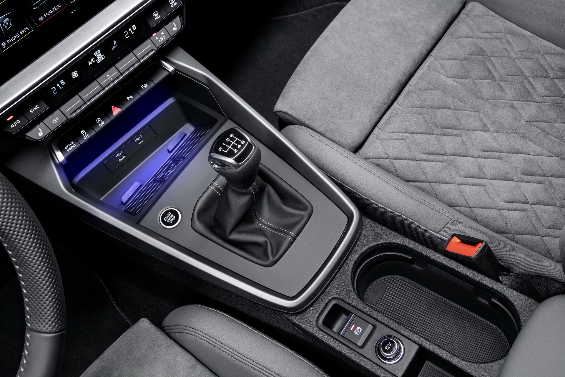 Audi-A3-Sportback-2020-42