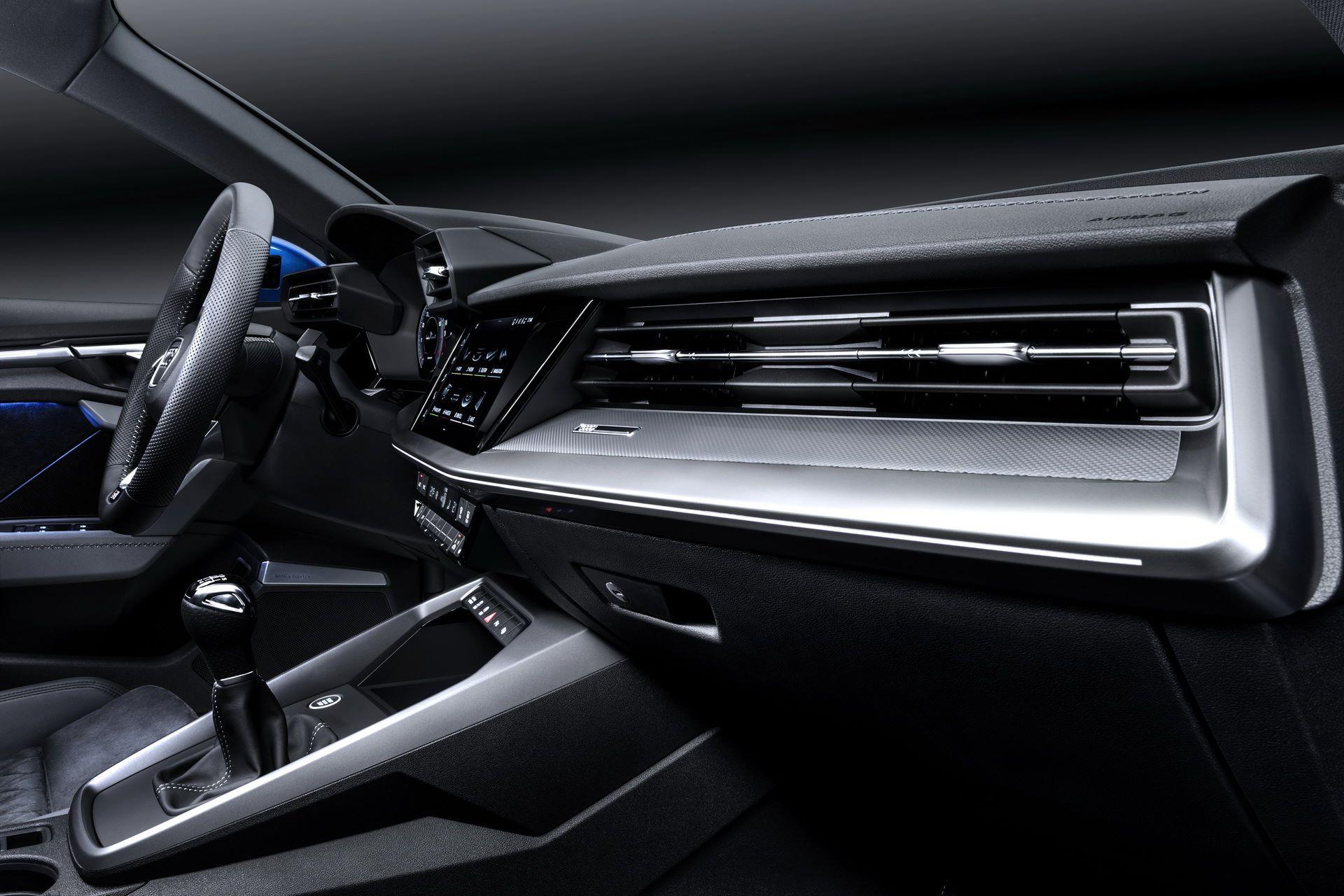 Audi-A3-Sportback-2020-44