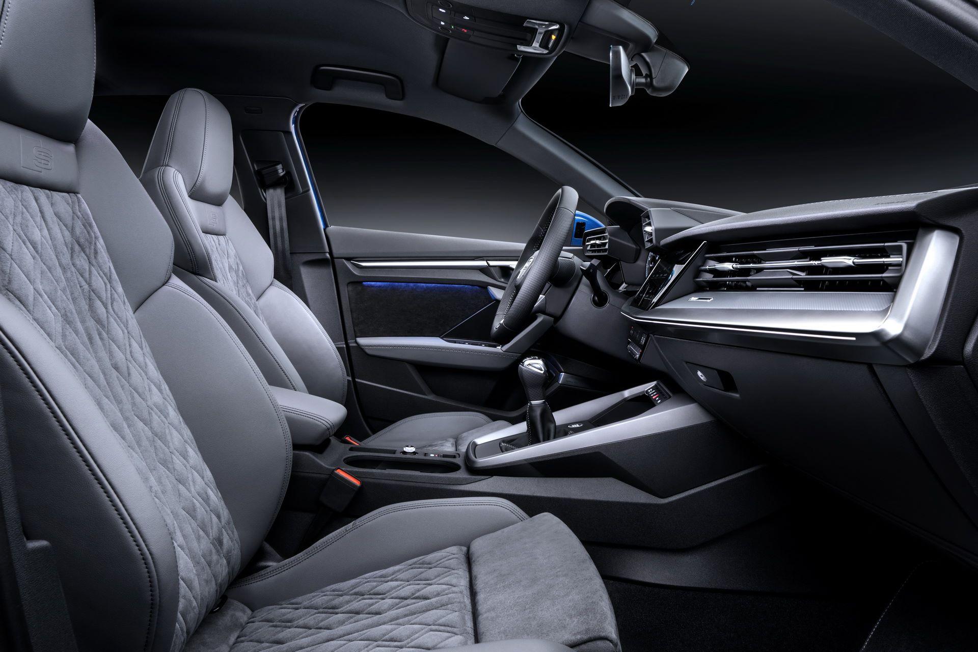 Audi-A3-Sportback-2020-45