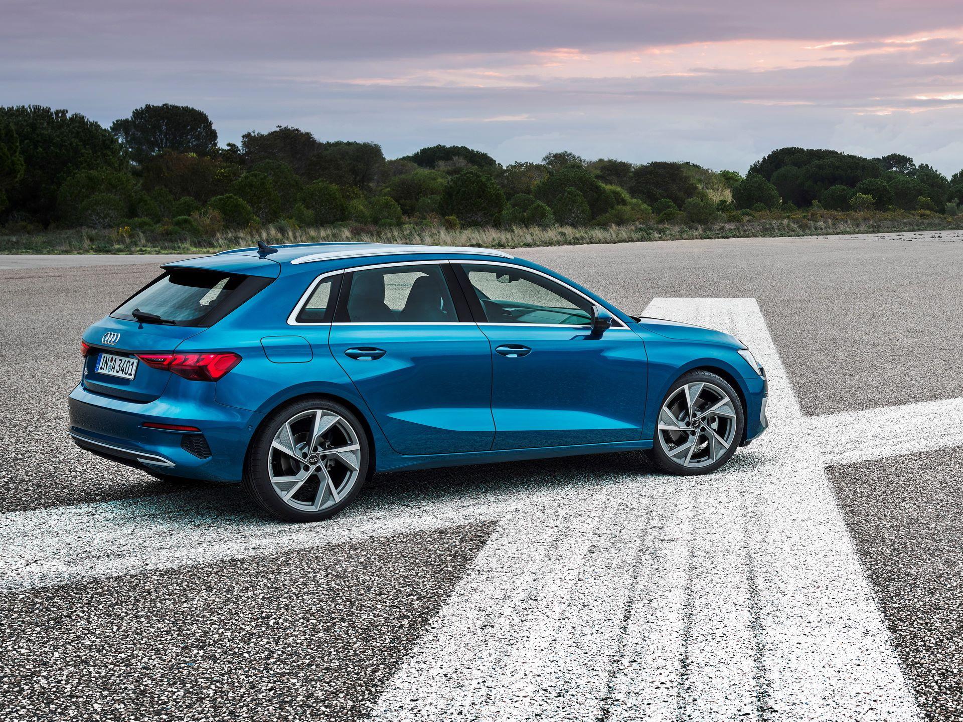 Audi-A3-Sportback-2020-9